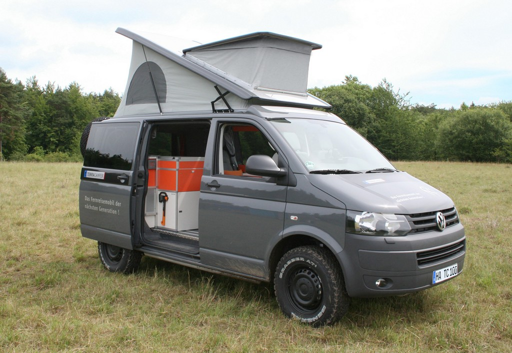 volkswagen t5 terock a camper made of blocks. Black Bedroom Furniture Sets. Home Design Ideas