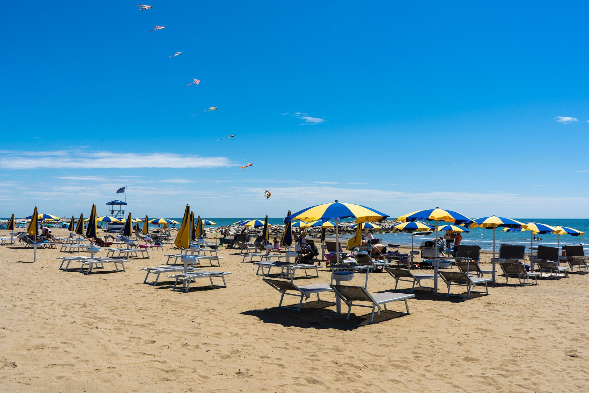 FREE HOLIDAYS FOR FAMILIES CAMPING VILLAGE CAVALLINO ****